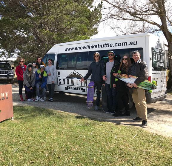 Jindabyne to Bullocks Flat Bus summer tour group