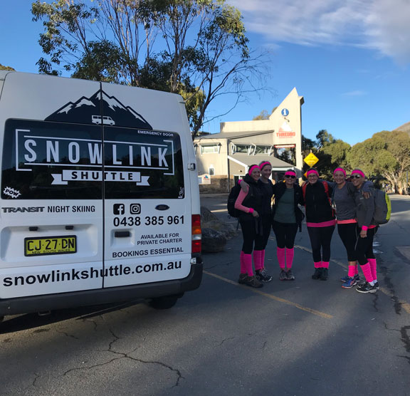 Jindabyne to Bullocks Flat Bus tour group