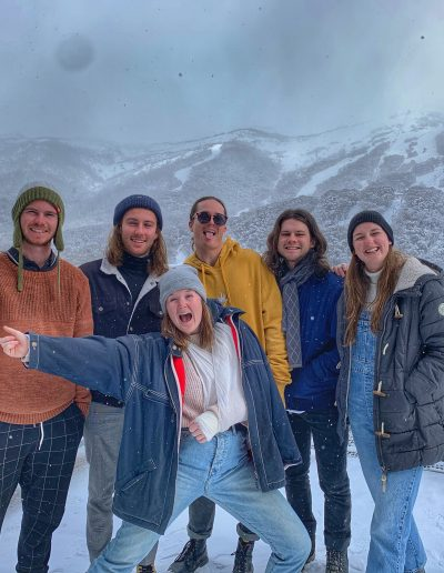 Bus Thredbo to Cooma Airport winter tour
